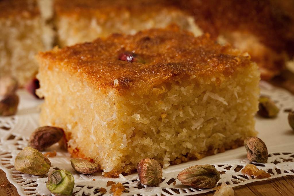 קולינריה מזרח תיכונית בסבוסה بسبوسة עוגת סולת מצרית