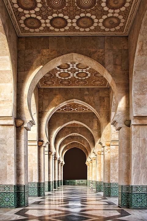 מרוקו: יותר מדי מסגדים?